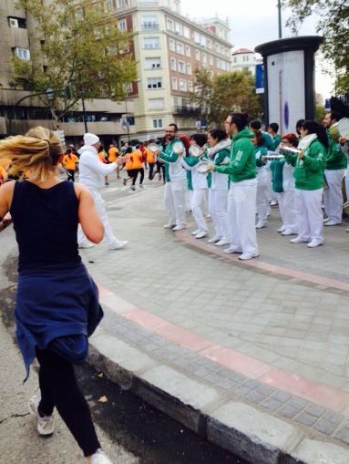 The support at these events is always so encouraging. This band cheered us on at the 4a Carrera Popular, Corre por el Niño.